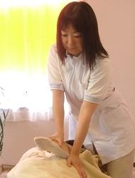 椿整体院市川本八幡店の女性カイロプラクティック整体師